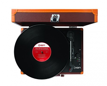 Ion Audio Vinyl Motion Deluxe | Transportabler Retro Koffer Plattenspieler mit USB Digital Encoder + wiederaufladbarem Akku - inkl. Converter Software (MAC/PC) - Braun - 4