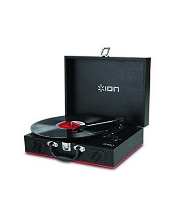 Ion Audio Vinyl Transport   Transportabler Retro Koffer Plattenspieler mit eingebauten Stereo Lautsprechern - kann auch über AA Batterien betrieben werden - 4