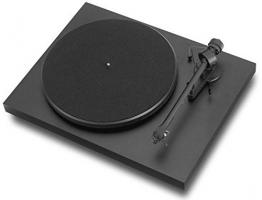 Pro-Ject Debut III Manueller Plattenspieler (MM-Tonabnehmer Ortofon OM 5E, Pro-Ject 8.6 Tonarm) matt-schwarz - 1