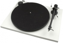 Pro-Ject Essential II Audiophiler Plattenspieler (Ortofon Tonabnehmer OM5e vormontiert) weiss - 1